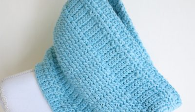 Beautiful Blue Woodland Trekke Crochet Cowl