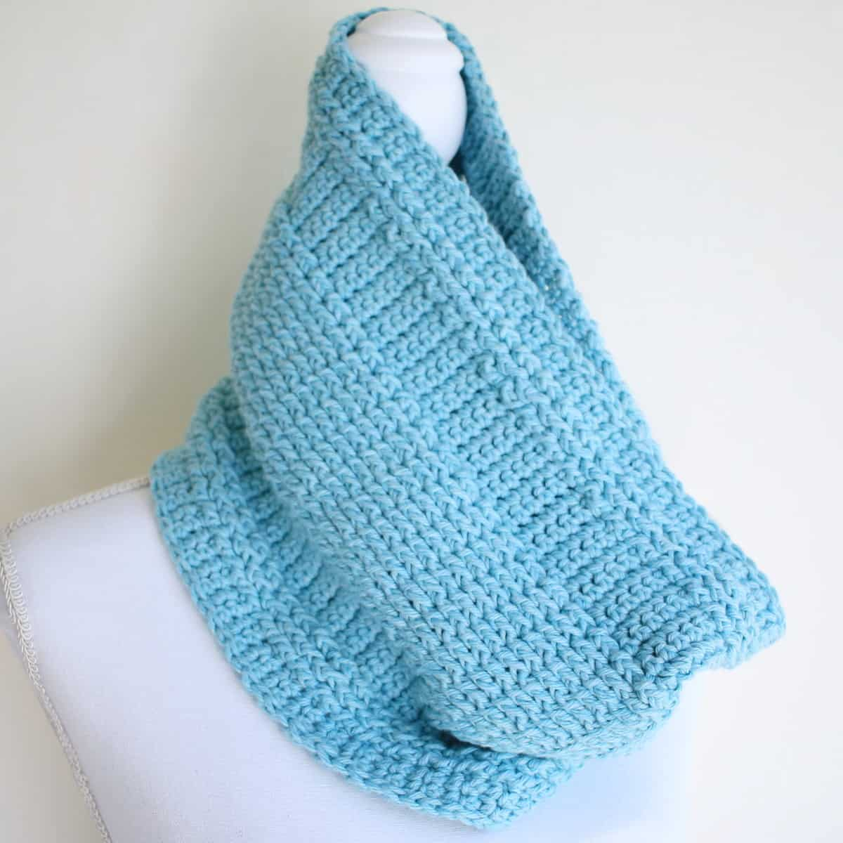 Beautiful Blue Woodland Trekke Crochet Cowl