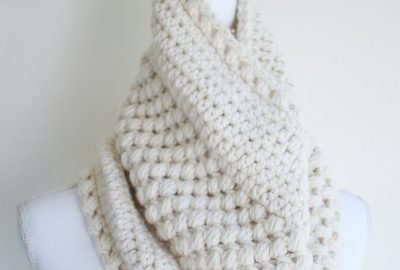 Bulky Crochet Cowl with Puff Stitches
