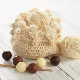 Bonbon Crochet Basket Pattern