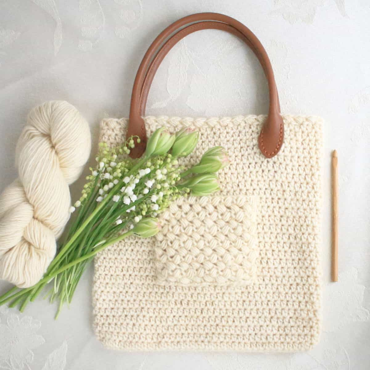 Eligere Bag with Pocket and Spring Flowers